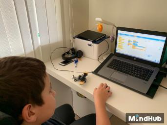 Петте най - важни причини защо децата трябва учат програмиране през 2020 г.